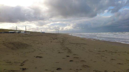Wijk aan Zee, Países Baixos: Strand nach links