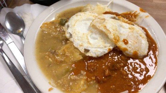 Alamosa, Κολοράντο: Potatoes and chili with eggs