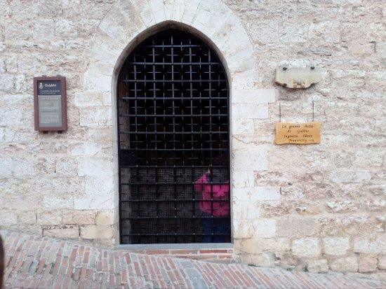 Gubbio, Italien: La botte dall'esterno
