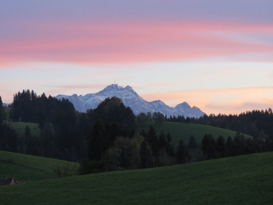 Hochst, Autriche : Mount Säntis, Appenzell, after sunset on the way back to our hotel