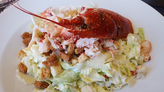 La Marine : La salade César au homard