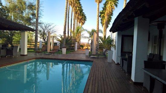 Augrabies Falls National Park, Sudáfrica: chambre donnant sur la piscine