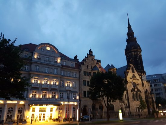 Hotel Fürstenhof, a Luxury Collection Hotel, Leipzig: Neighbour to a church