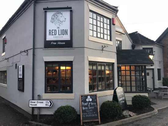 The Red Lion: photo0.jpg