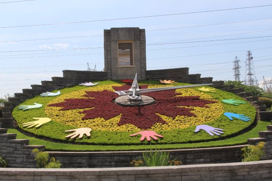 Dublin, VA: Floral Clock