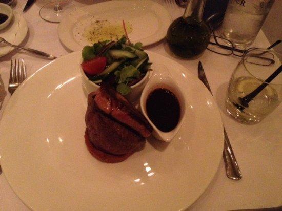 Brasserie Keyzer : Biefstuk met eendenlever