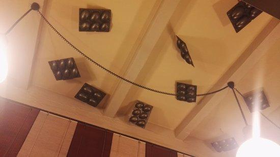 Giarre, Włochy: Gli stampi di uova di cioccolata