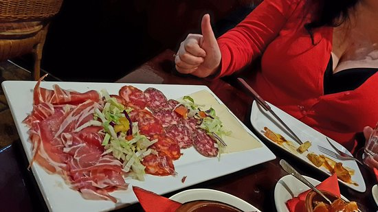 Castillo tapas y steaks: starter ...