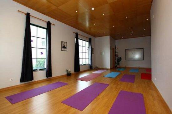 Lulushanti Yoga