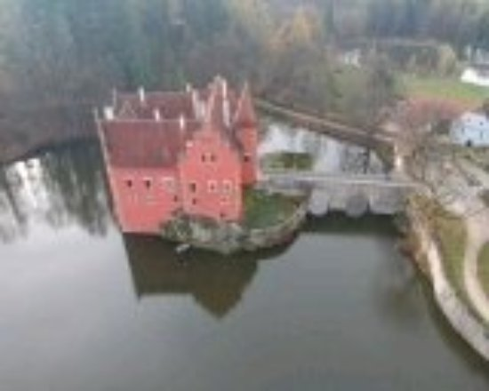 Bohemia, Czech Republic: Zámek Červená Lhota