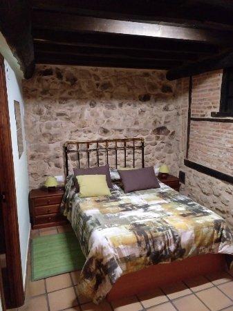 Candelario, Spain: IMG_20171110_211832_109_large.jpg