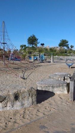 Sandbanks Beach cafe: photo2.jpg