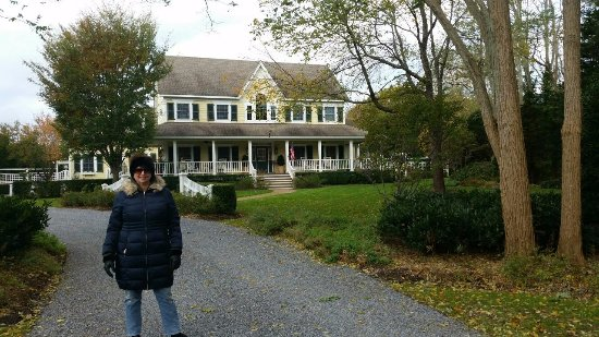 Cutchogue, NY: Blue Iris B & B