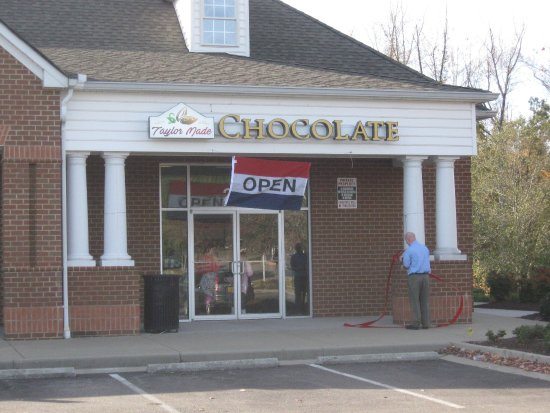 Chester, VA: Opening day at Taylor Made Chocolate