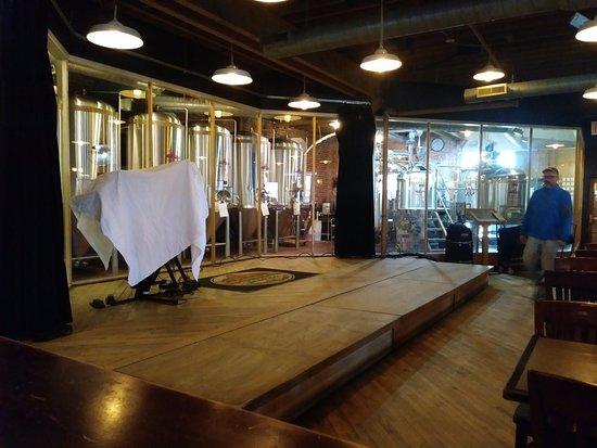 Rochester, MI: brewing area