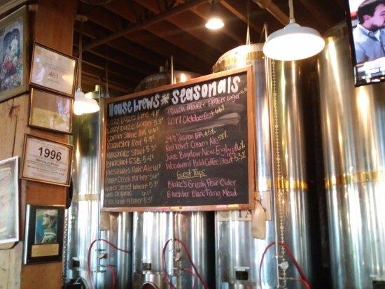 Ρότσεστερ, Μίσιγκαν: menu of brews