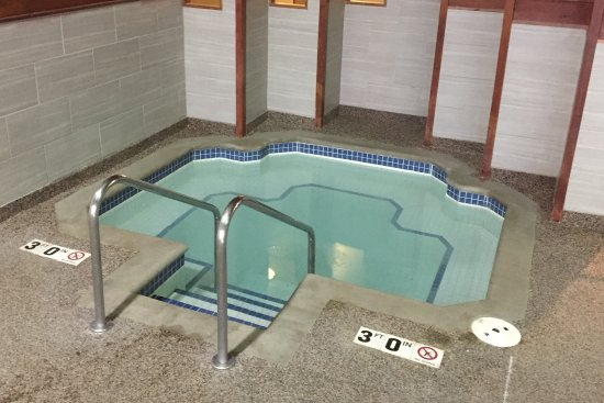 Best Western Ambassador Inn & Suites: Best Western Ambassador Inn - Wisconsin Dells - Indoor Hot Tub