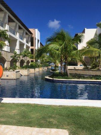 Royalton Punta Cana Resort & Casino: swim out rooms