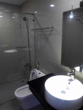 Ha Tien, Vietnam: modern bathroom