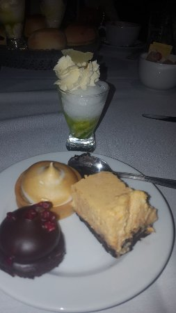 Hotel du Vin & Bistro: The desserts selection....yummy