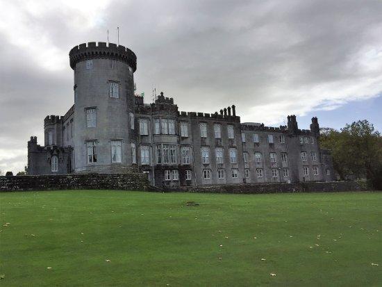 Newmarket-on-Fergus, Ireland: Dromoland Castle