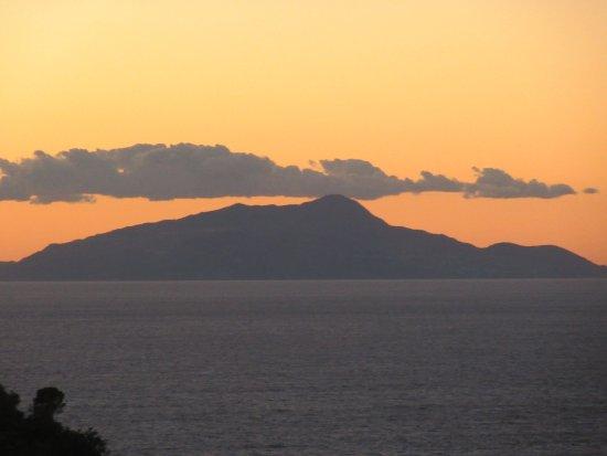 Best Western Hotel La Solara Sorrento: View from room terrace early evening sun set