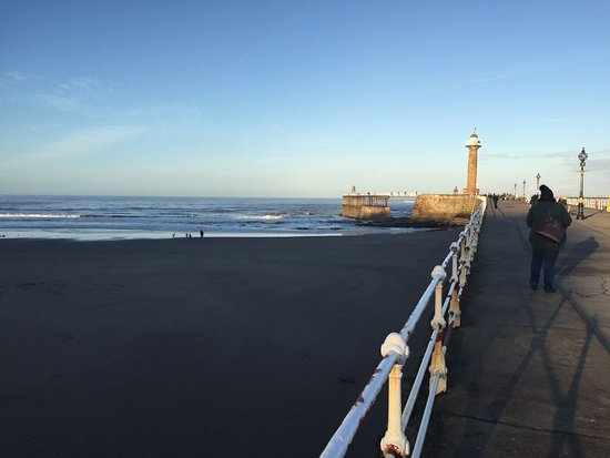 Whitby Harbour: photo2.jpg