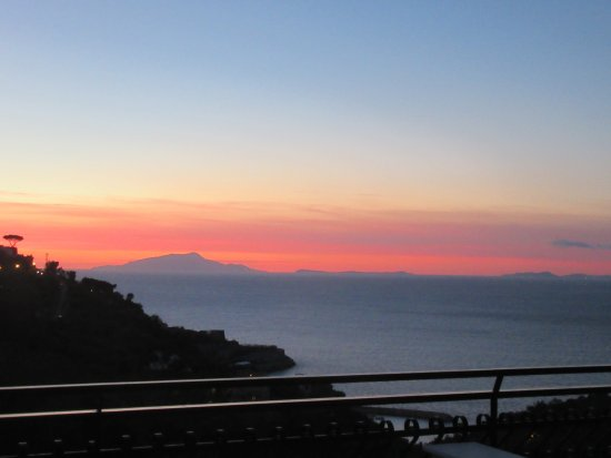 Best Western Hotel La Solara Sorrento: Sun set