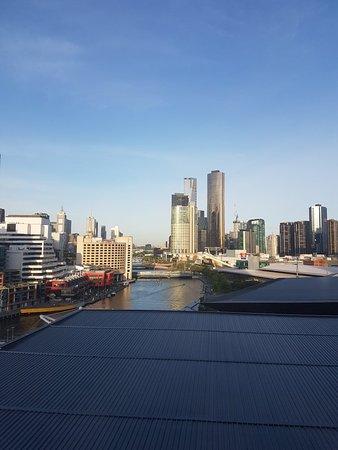 Pan Pacific Melbourne: 20171109_191400_large.jpg