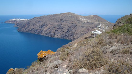 Hiking Trail Fira - Oia: Oia just ahead!