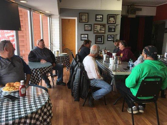 Trona, Californie : Inside dinning area