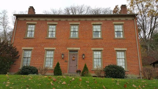 Coshocton, OH : The home of Leander Miller, the brick maker