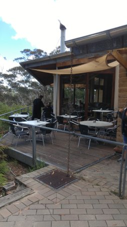 Wentworth Falls, Australia: Outdoor seating at the Hut