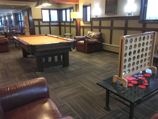 Killington Mountain Lodge gaming area