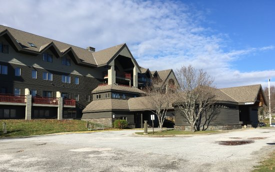 Killington Mountain Lodge front view