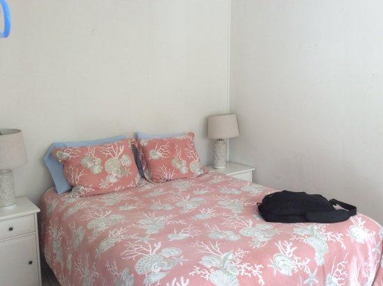 Bodega Harbor Inn: Our room