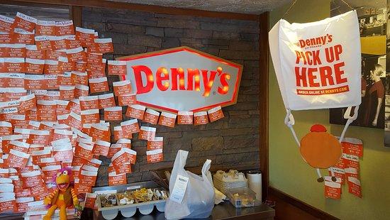 National City, CA: Denny's Donations