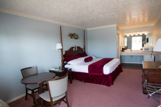 Salem, AR: King Room