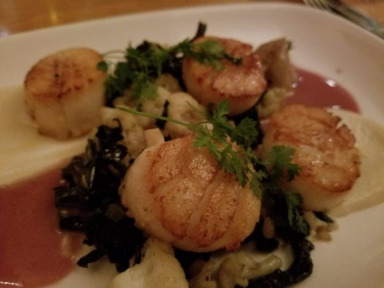 Perbacco: Scallops were perfect!