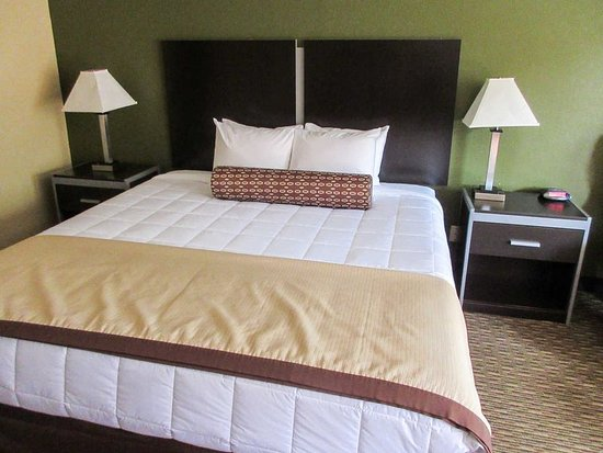 Glenpool, OK: Guest Room