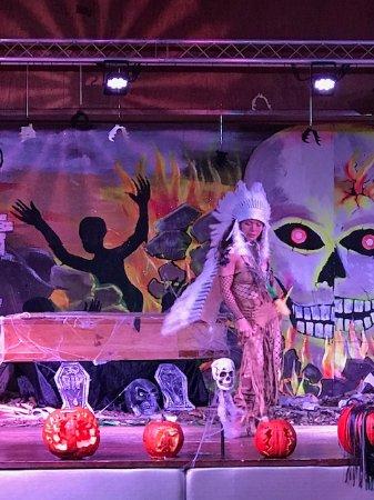 Hedonism II: Halloween Costume