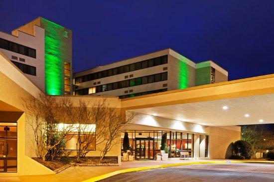 Johnson City, TN: Entrance