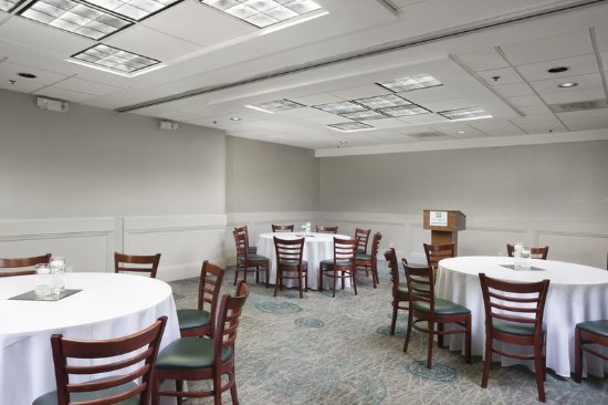 Johnson City, TN: Conference Rooms