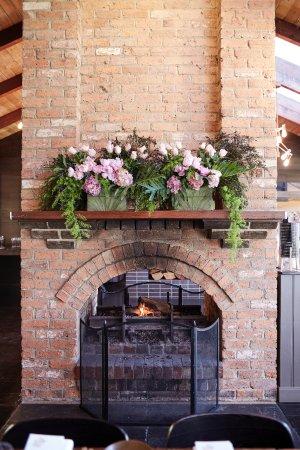 Yarra Valley, Australia: Feature fireplace