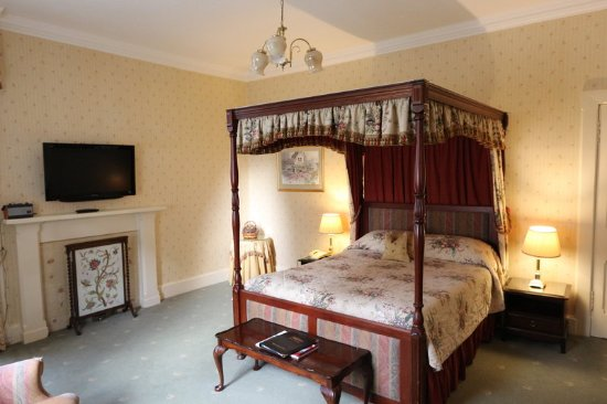 Invergarry, UK: Superior Four Poster