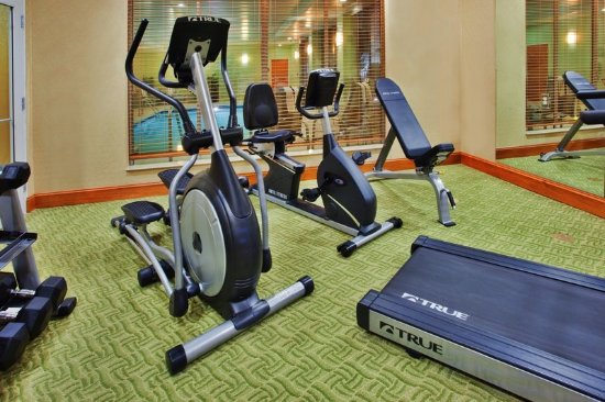 Sandston, VA: Use our fitness center to keep up with your workout schedule