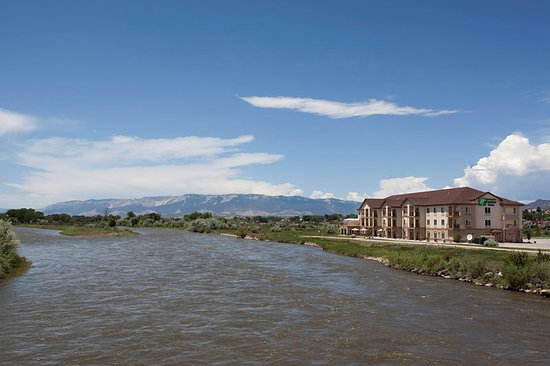 Silt, Kolorado: Our beautiful hotel can't compete with Mother Nature!