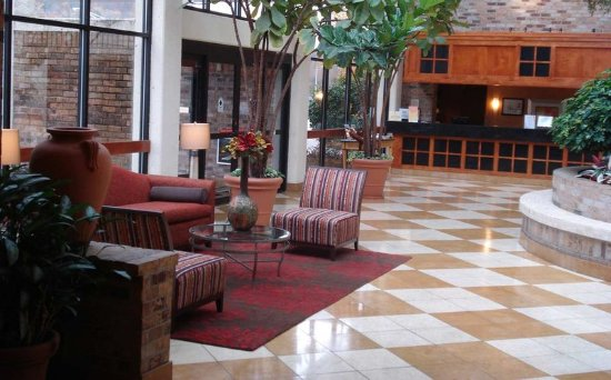 Oak Ridge, TN: Lobby Overview