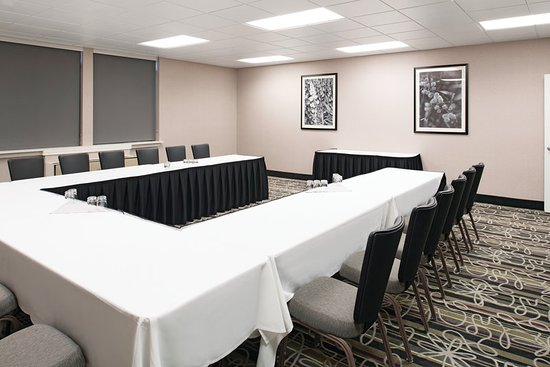 La Quinta Inn & Suites Tacoma Seattle: MeetingRoom