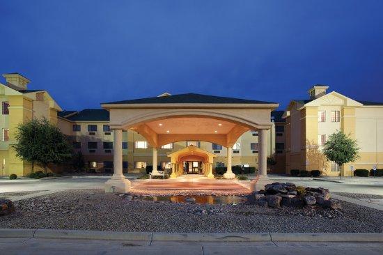 Clovis, NM: ExteriorView